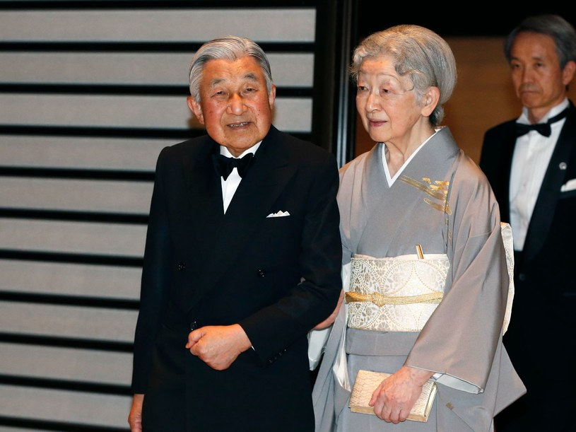 Cesarz Japonii z żoną /SHUJI KAJIYAMA /AFP