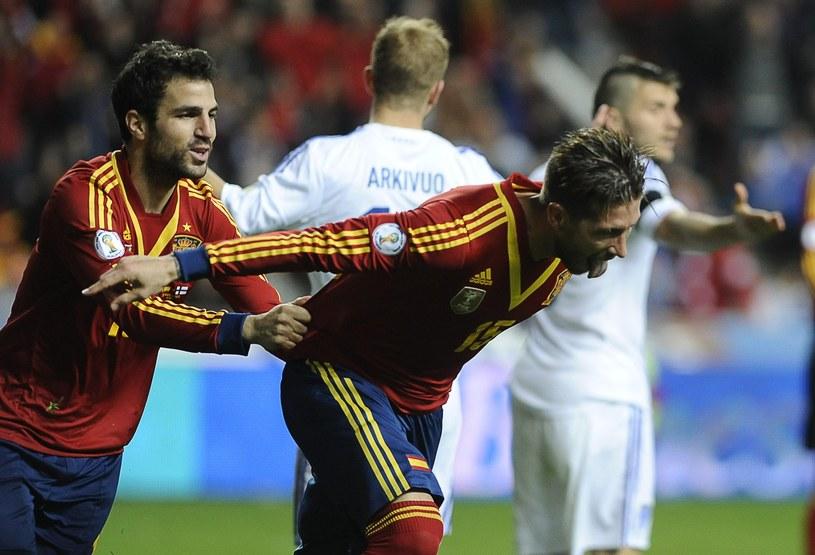 Cesc Fabregas i Sergio Ramos /AFP