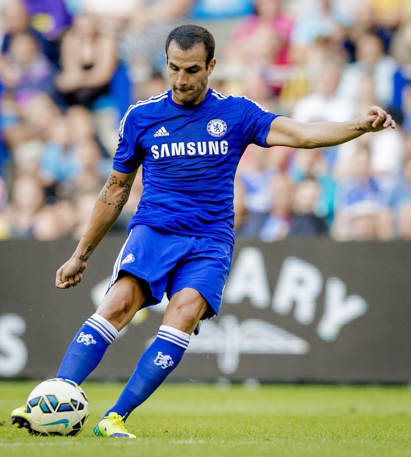 Cesc Fabregas strzela pierwszego gola dla Chelsea /AFP