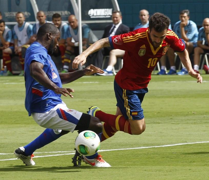 Cesc Fabregas zdobył jedną z bramek dla Hiszpanii /PAP/EPA