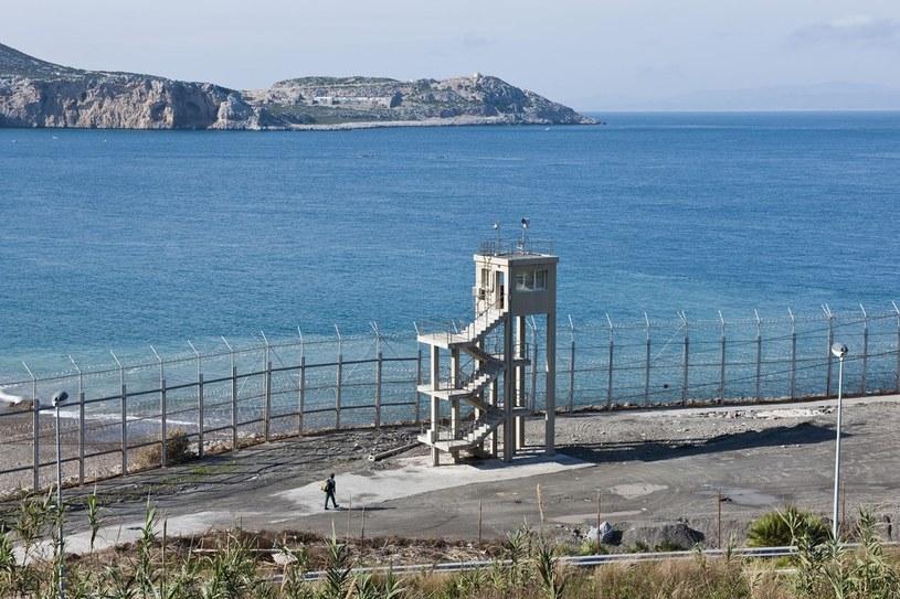 Ceuta otoczona jest zasiekami /Reporters /Reporter