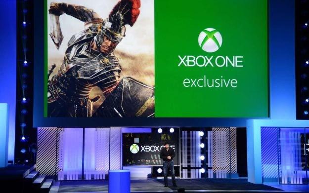 Cevat Yerli podczas prezentacji gry Ryse: Son of Rome na konsolę Xbox One podczas zeszłorocznych targów E3 /AFP