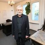 Cezary Morawski zrobił sobie sesję zdjęciową w nowym gabinecie