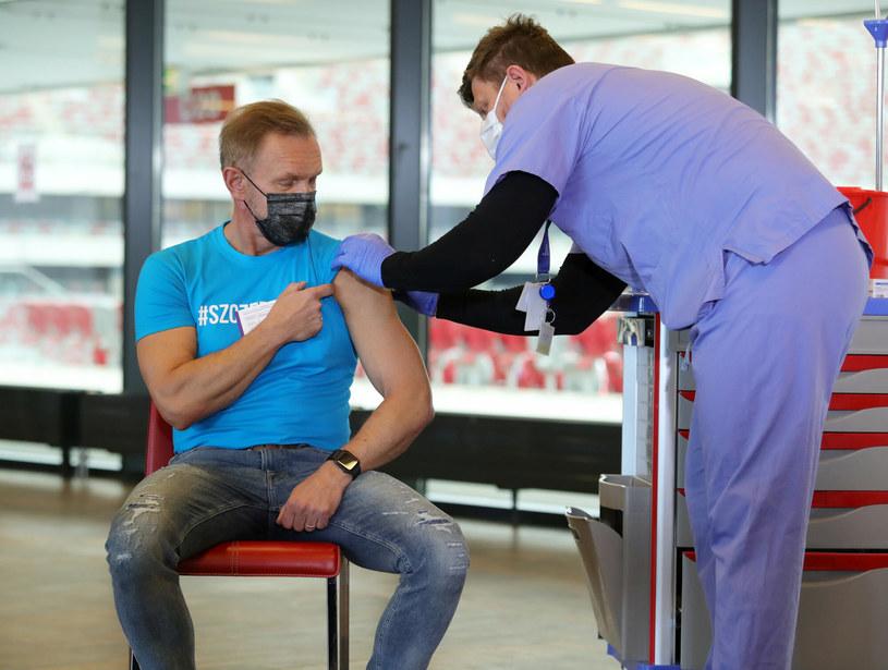 Cezary Pazura nie należy do osób sceptycznie nastawionych do szczepień /Piotr Molecki /East News