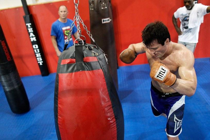 Chael Sonnen chce walczyć z Jonem Jonesem /AFP