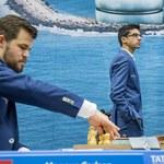 Champions Chess Tour. Carlsen i So bliżej finału
