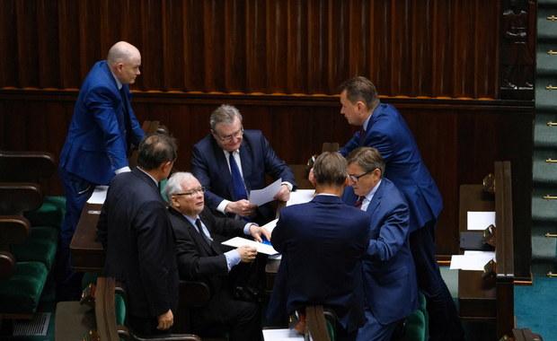 """""""Chamska hołota"""" z opozycji. Awantura podczas debaty o wotum dla Szumowskiego"""