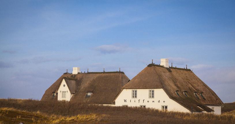 Charakterystyczne strzechy na wyspie Sylt /123RF/PICSEL