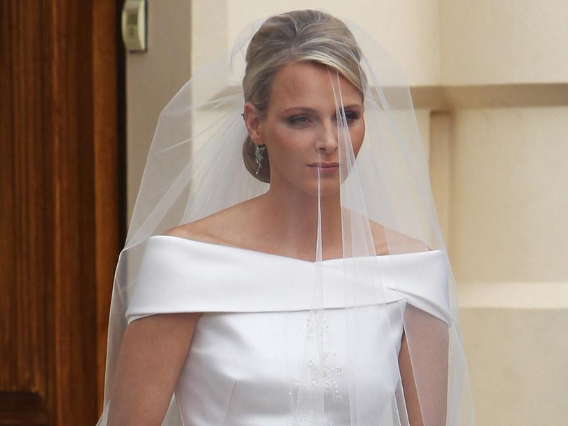 """Charlene nazwano """"najsmutniejszą panną młodą""""  /Getty Images/Flash Press Media"""
