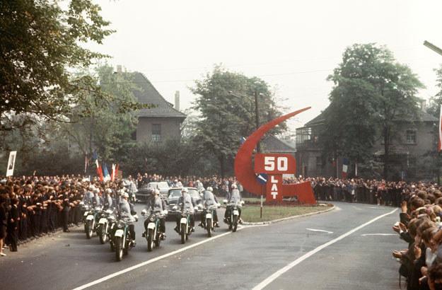 Charles de Gaulle miał entuzjastyczne przyjęcie /AFP