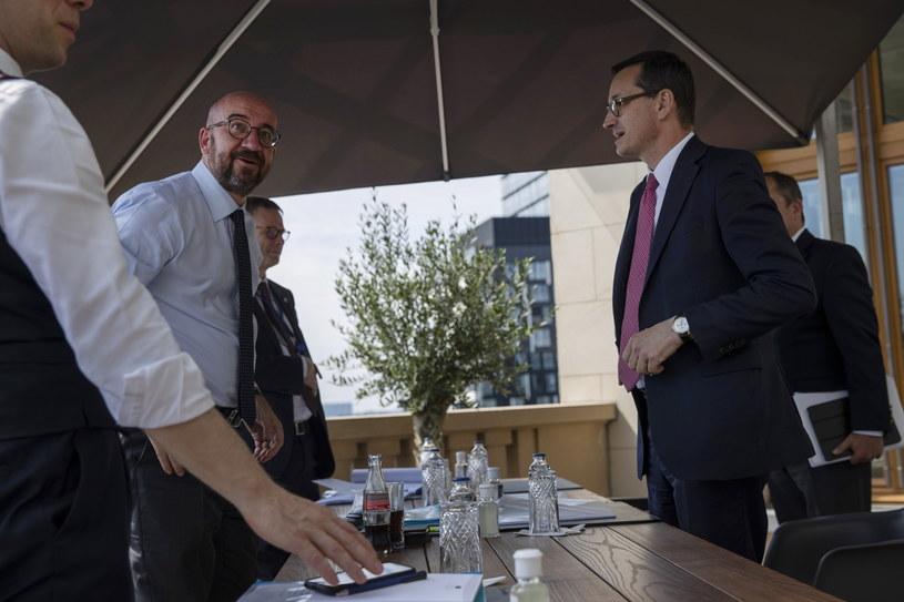 Charles Michel i Mateusz Morawiecki w Brukseli /PAP/EPA