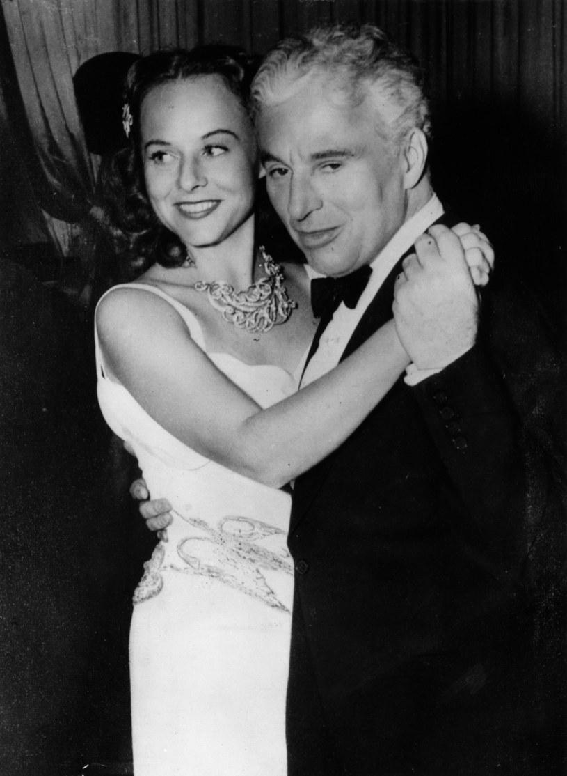 Charlie Chaplin ze swoją trzecią żoną, aktorką Paulette Goddard w 1940 roku /Keystone /Getty Images