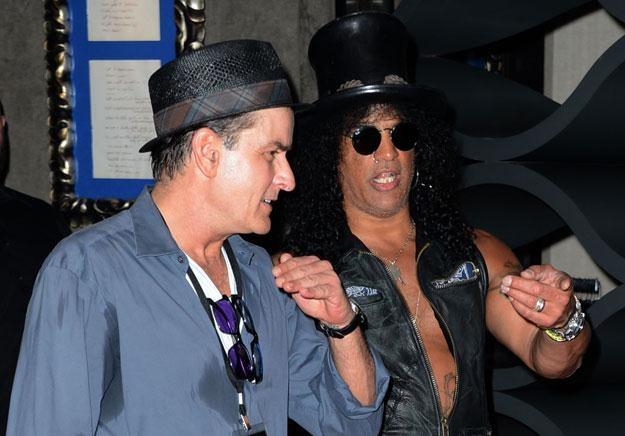 Charlie Sheen i Slash wspominają lata 80. fot. Frazer Harrison /Getty Images/Flash Press Media