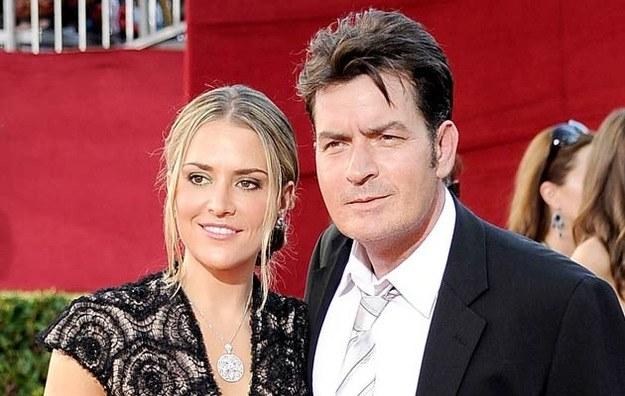 Charlie Sheen zaraził swoją byłą żonę wirusem HIV? /Frazer Harrison /Getty Images