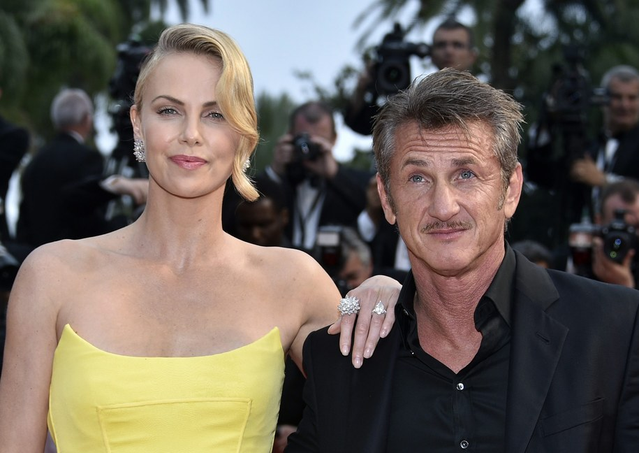 Charlize Theron i Sean Penn /FRANCK ROBICHON /PAP/EPA