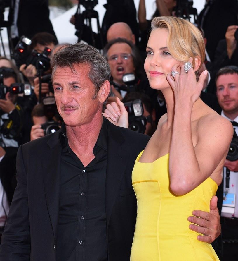 Charlize Theron niedawno rozstała się z Seanem Pennem /ANADOLU AGENCY /Getty Images