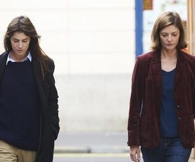 Charlotte Gainsbourg i Chiara Mastroianni jak siostry