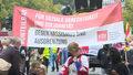Chcą bardziej sprawiedliwego społeczeństwa. Tysiące osób wzięło udział w pokojowym marszu na ulicach Berlina