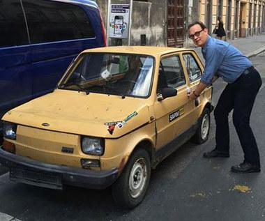 Chcą kupić Fiata 126, by podarować go Tomowi Hanksowi