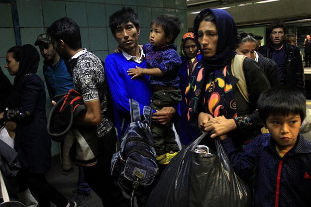 Chcą umieścić w polskich gminach uchodźców. Ale nie przekażą pieniędzy