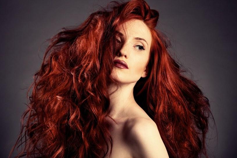 Chcesz, aby po farbowaniu twoje włosy były miękkie i błyszczące? Nie zapomnij o prawidłowej pielęgnacji /123RF/PICSEL