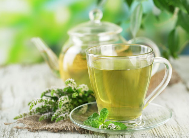 Chcesz mieć ładną cerę? Wypróbuj tonik z herbaty /123RF/PICSEL