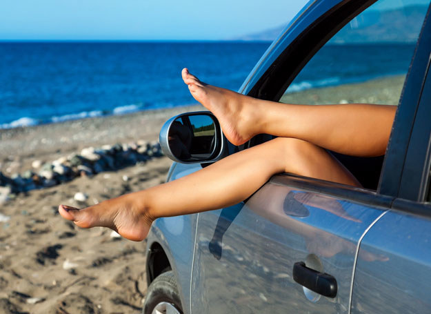 Chcesz mieć piękne nogi? Pielęgnuj je! /123RF/PICSEL