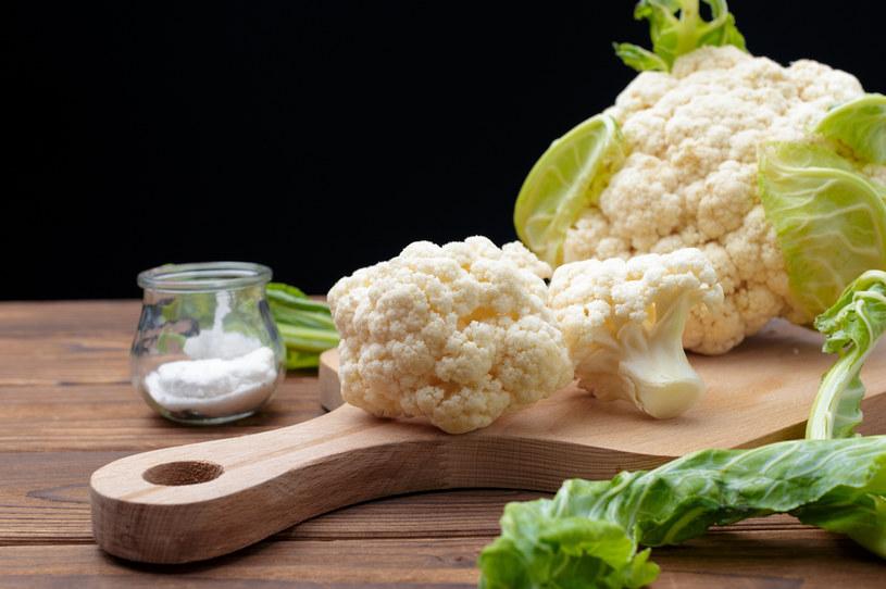 Chcesz uzupełnić błonnik w diecie? Kalafior to trafny wybór. Zwiera to, czego poszukujesz /123RF/PICSEL