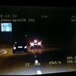 Chciał zmylić policję, pędził ponad 200 km/h, wylądował na barierkach. Pirat drogowy zatrzymany