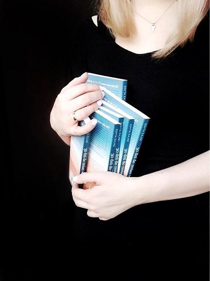 """""""Chciałam, żeby moje książki były nietypowe, wyróżniały się i aby rzeczywiście inspirowały do działania"""" /archiwum prywatne"""
