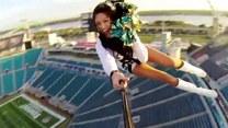 Cheerleaderki przeniosły doping wysoko ponad boisko