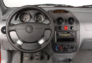 Chevrolet Aveo I (2003-2011): deska rozdzielcza przed liftingiem /Motor