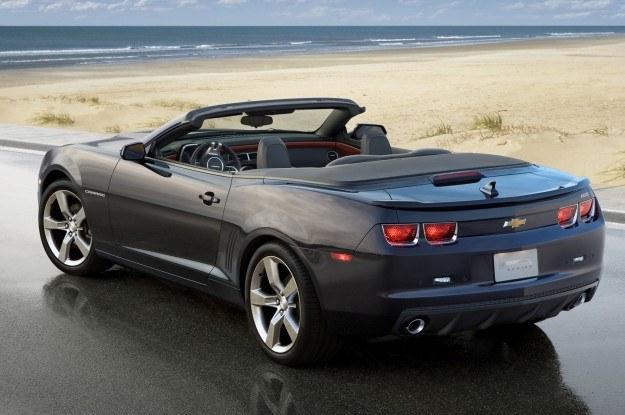 Chevrolet camaro convertible /