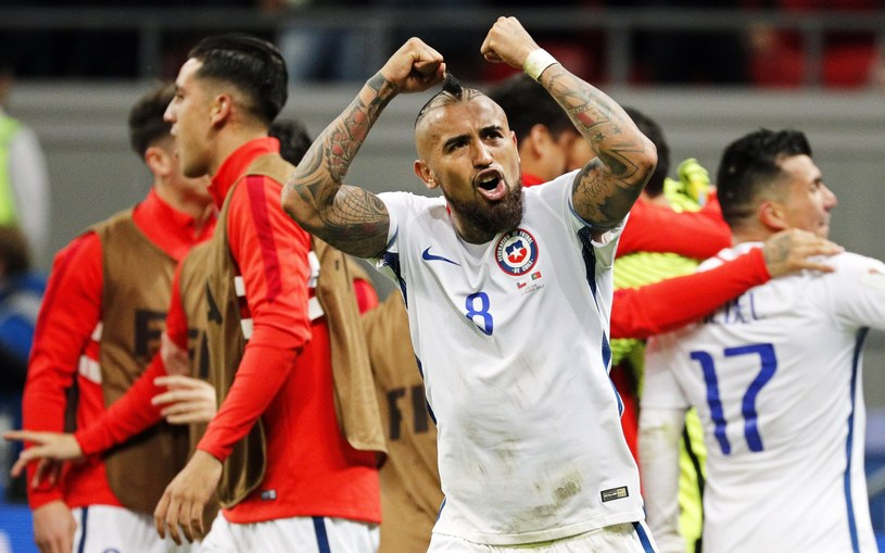 Chile w finale Pucharu Konfederacji /PAP/EPA
