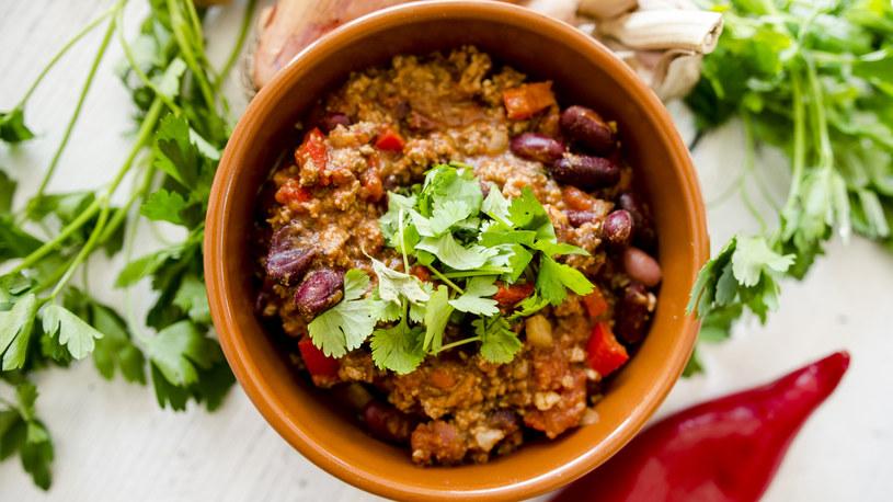 Chili con carne: pyszne, rozgrzewające jednogarnkowe /INTERIA.PL