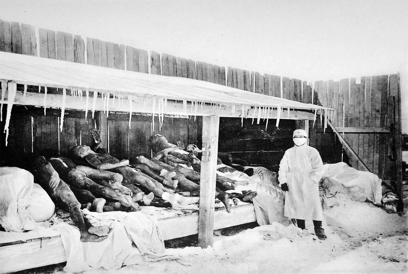 Chińczycy nie radzili sobie ze stosami ciał. Na kremację zgodzili się, bo było to absolutnie konieczne /Wikimedia Commons /domena publiczna