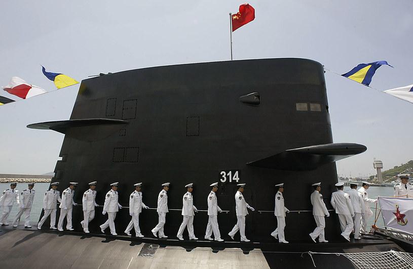 Chińczycy nie są odosobnieni w dążeniach do umieszczania modułów sztucznej inteligencji w sprzęcie wojskowym - Rosjanie i Amerykanie mają podobne plany /AFP