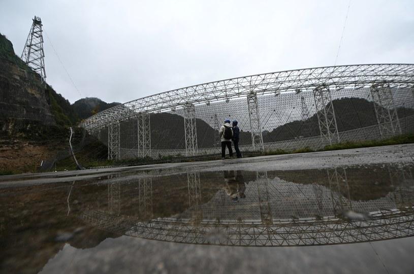 Chińczycy otworzą swój teleskop FAST /AFP