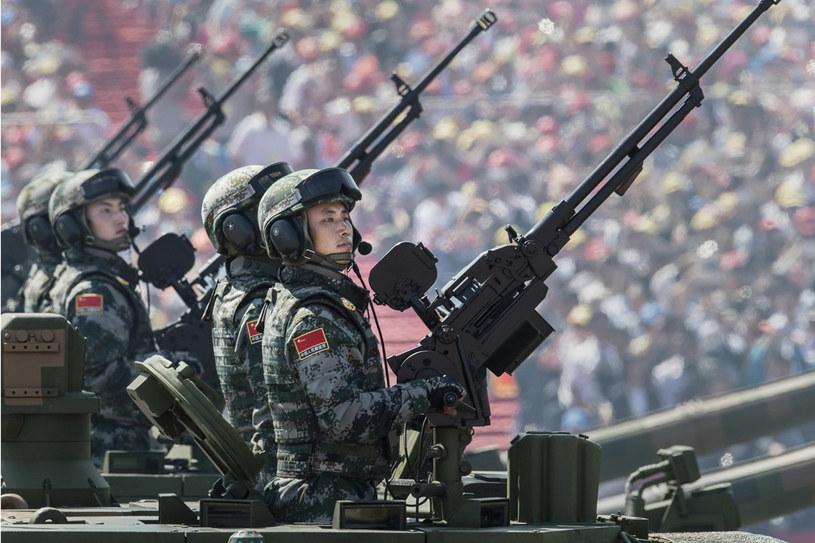 Chińska filozofia: Nie wtrącaj się do naszych spraw, jeśli chcesz z nami robić interesy /Getty Images