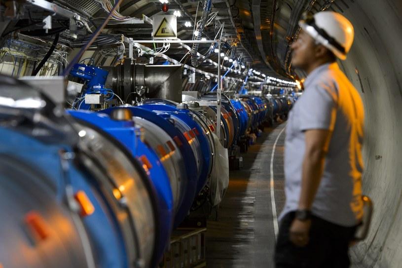 Chiński akcelerator ma uzupełniać działanie LHC, a nie z nim konkurować /AFP