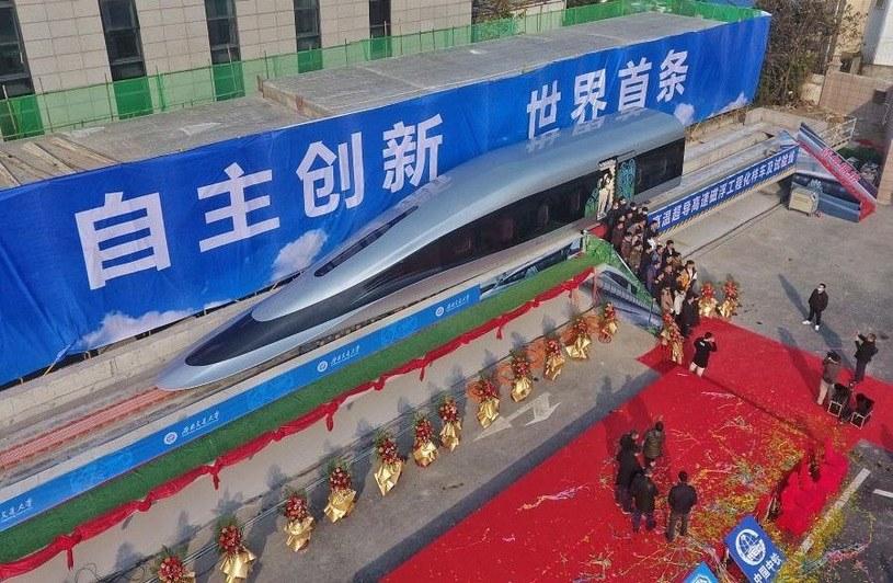 Chiński superpociąg. Fot. Xinhuanet /materiały prasowe