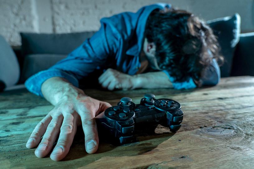 Chińskie władze chcą walczyć z uzależnieniem od gier komputerowych? Zdj. ilustracyjne /123RF/PICSEL