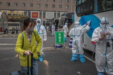 Chiny: Kilkadziesiąt przypadków zarażenia koronawirusem ostatniej doby