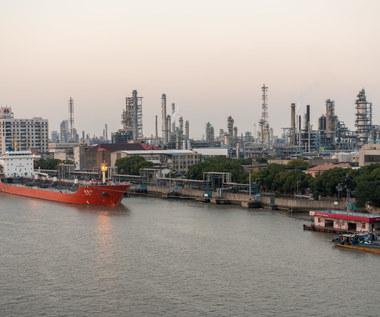 Chiny kupowały ropę na potęgę