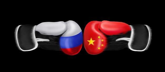 Chiny miażdżą Rosję w wyścigu mocarstw /©123RF/PICSEL