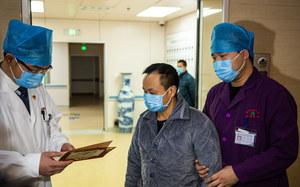 Chiny: Potwierdzono koronawirusa u dwóch Australijczyków i Pakistańczyka