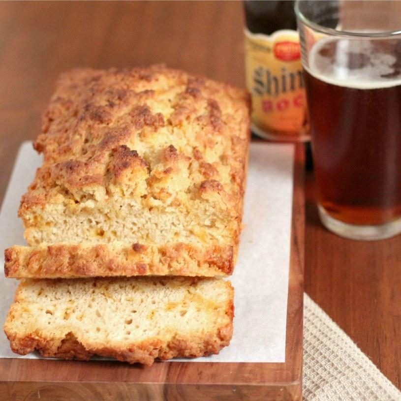 chleb z piwem /© Photogenica