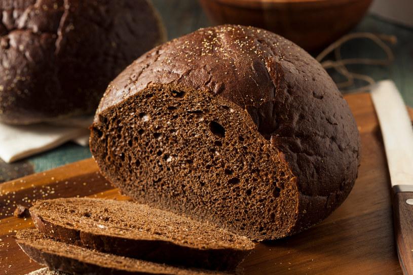 Chleby pełnoziarniste należą do najzdrowszych i najmniej kalorycznych /123RF/PICSEL