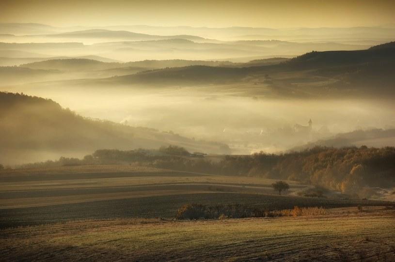 Chłodny jesienny poranek /123RF/PICSEL