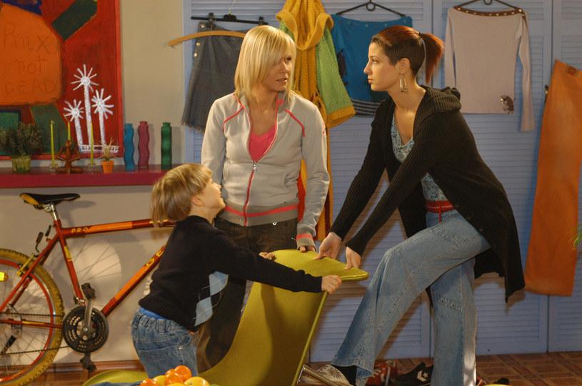 Choć Kinga (Aleksandra Zienkiewicz) nie od razu polubiła się z Marysią (Aneta Zając), z czasem stały się niczym siostry. /ATM